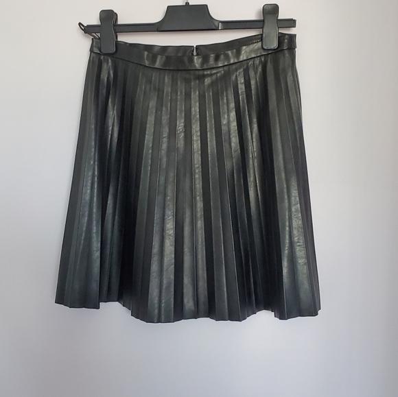 J Crew Faux leather mini skirt sz 2